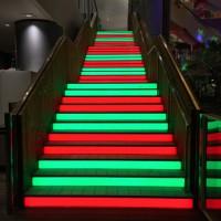 「光階段」ビッグステップ